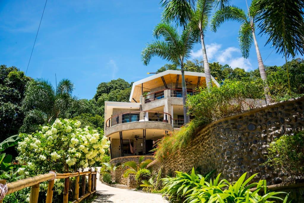 Punta Gabriela day time