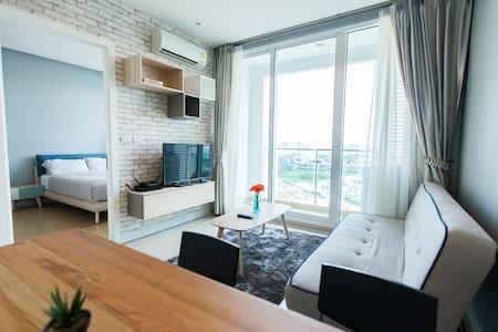 SOMETHING SWEET ROOM (D220)/ NICE POOL / BEST VIEW - Bangkok - Wohnung