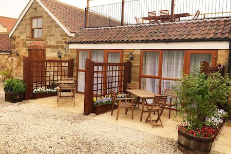 Mount Bank Farm - 'Ellerbeck' double BnB - Bed & Breakfast
