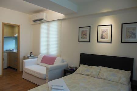 临近尖沙咀,闹中取静,生活设施其全,新装修精品公寓长/短租 - Lakás