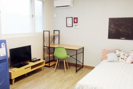 NEW & CLEAN SIMPLY THE BEST - Apartment