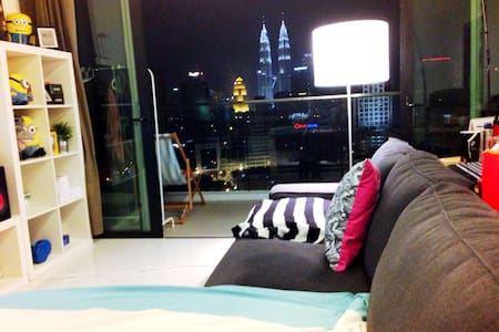 ***LOVELY Cosy 1BR W/ KLCC View***
