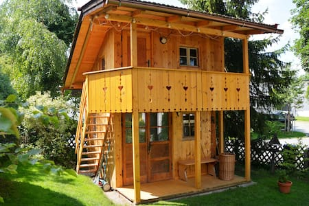 Treehouse with 1-5 sleeping places - Treehouse