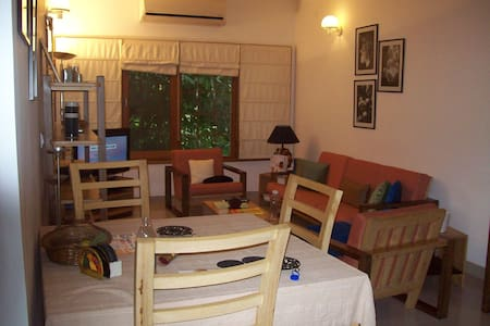 Room type: Entire home/apt Property type: Apartment Accommodates: 5 Bedrooms: 3 Bathrooms: 3