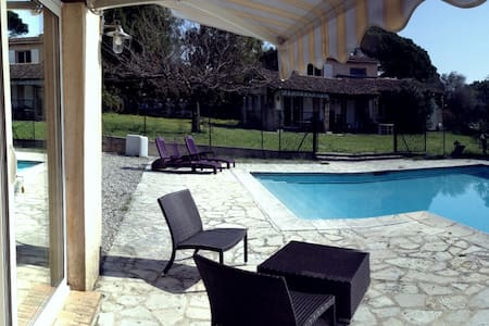 B&B with private pool, Cannes 15 mn