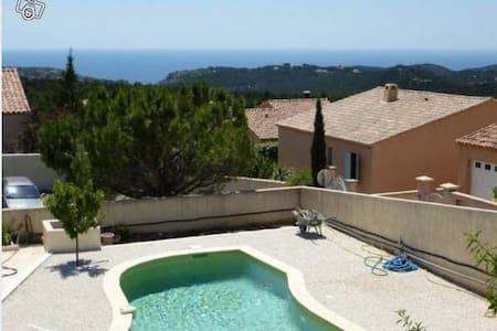 Villa 115m² piscine et vue sur mer