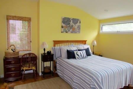 Blue Heron Beach Retreat - House
