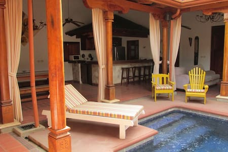 Casa Leon has 3 bedrooms (sleeps 6) 3.5 baths, a full kitchen, a living room, a dining room, situated in a Spanish colonial-style patio around the swimming pool. A magnificent house located in a quiet, residential zone, only 600 mt from the beach.