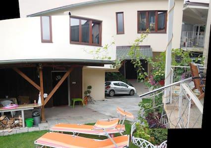 2room,kitchen,shower,parking,terrac - Casa