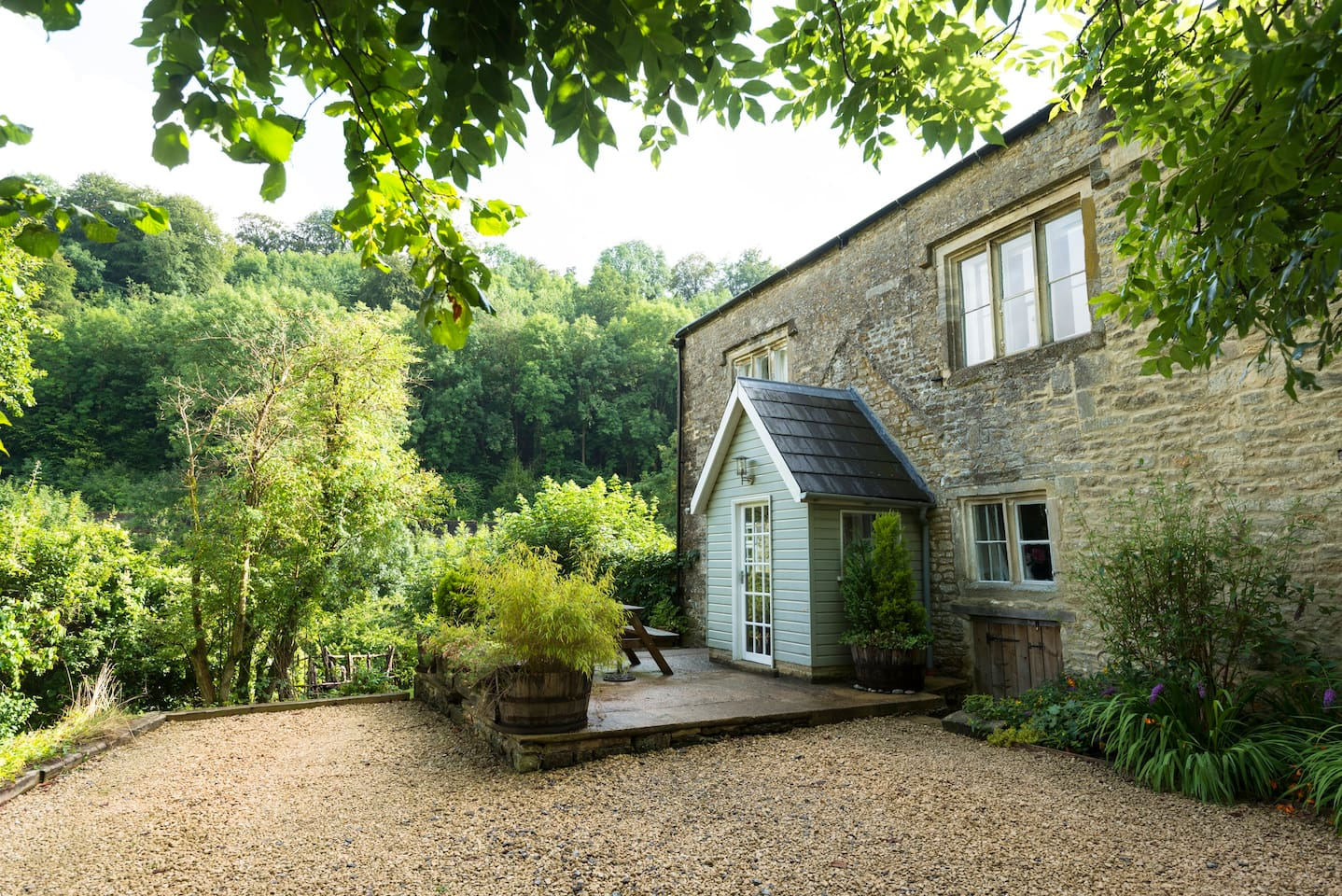Private entrance and beautiful valley views