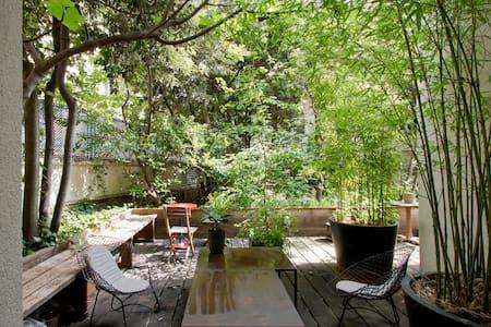 Oasis Garden in Montmatre !