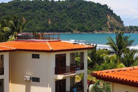 Bahia Azul 10C