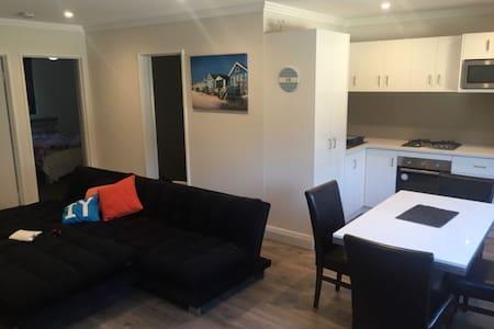 River Side Retreat - Mount Pleasant - Chambres d'hôtes