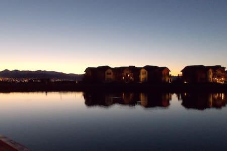 Superb Loft lakeshore