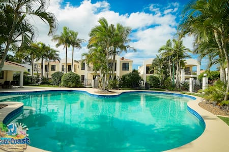 Cassablanca at Hope Island Resort - Lägenhet