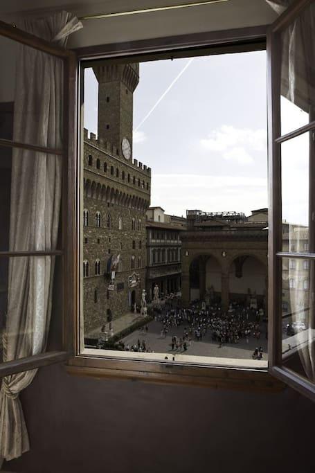 Panoramic Signoria Suite