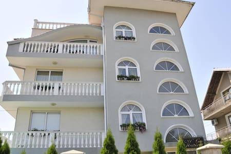 Villa Karina Room 5 - Villa