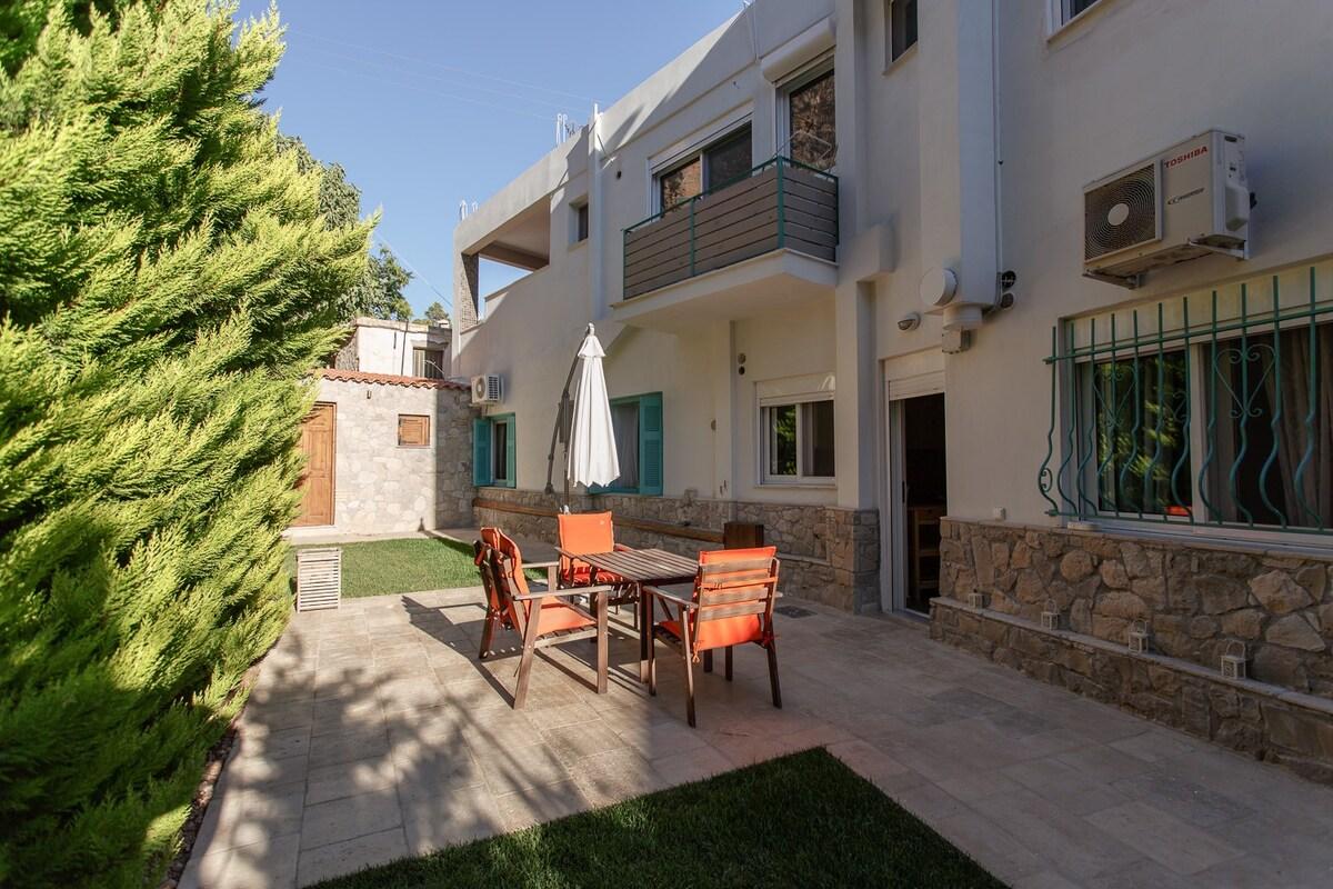 Квартира в Пелопоннес дешево