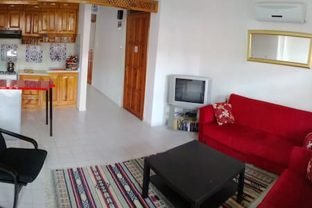 2 bedroom apartment near the beach