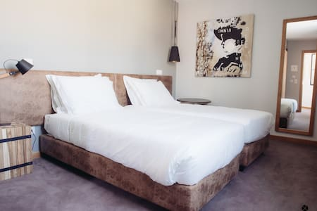 Quarto Duplo | Twin Room - XPT Águeda - Águeda - Bed & Breakfast