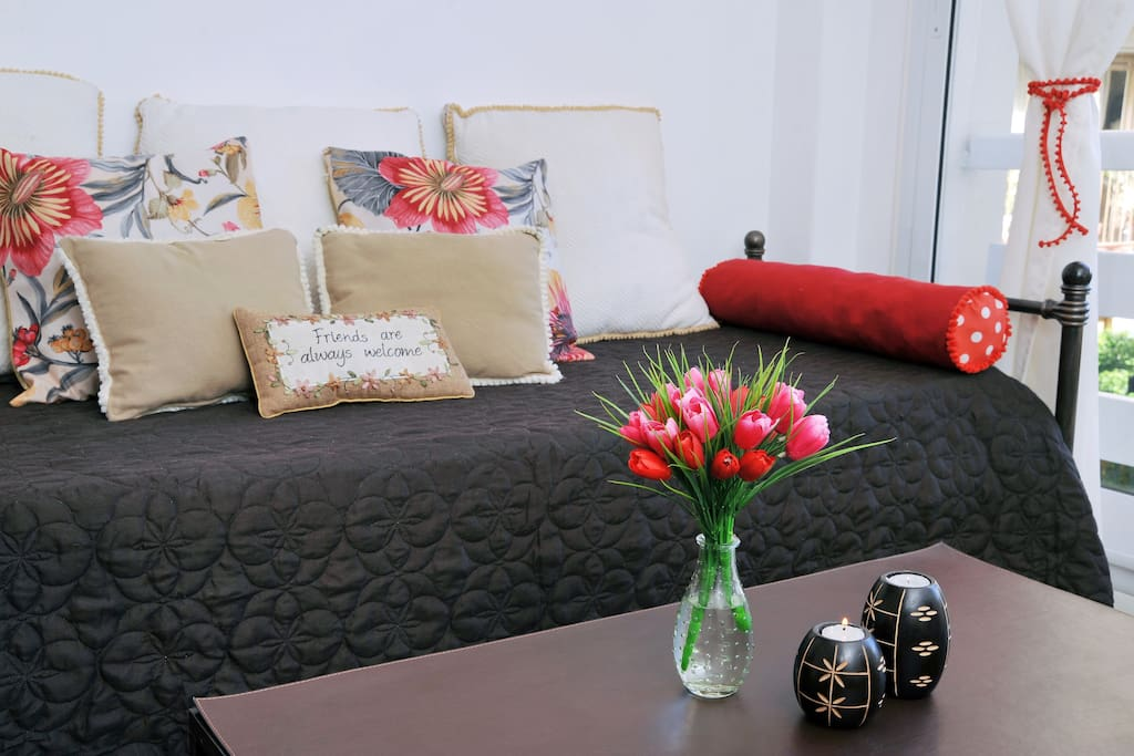 this is the sofa or the bed for the 3 guest