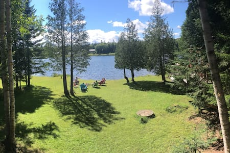 Coles Pond Camp- Swim, Boat, Fish, Repeat - Walden - Zomerhuis/Cottage