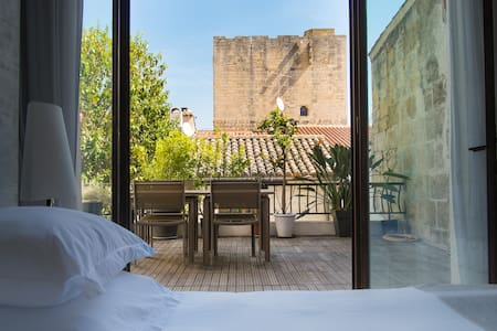 Chambre Grand Luxe avec Terrasse - Aigues-Mortes - Bed & Breakfast