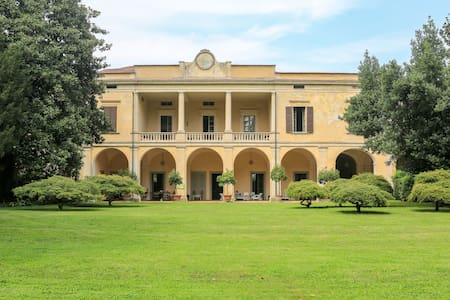 Villa Longo: peacefulness and charm - Faverzano