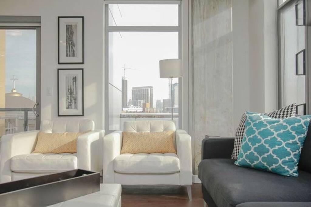 Sleek Modern 1 BR Apartment