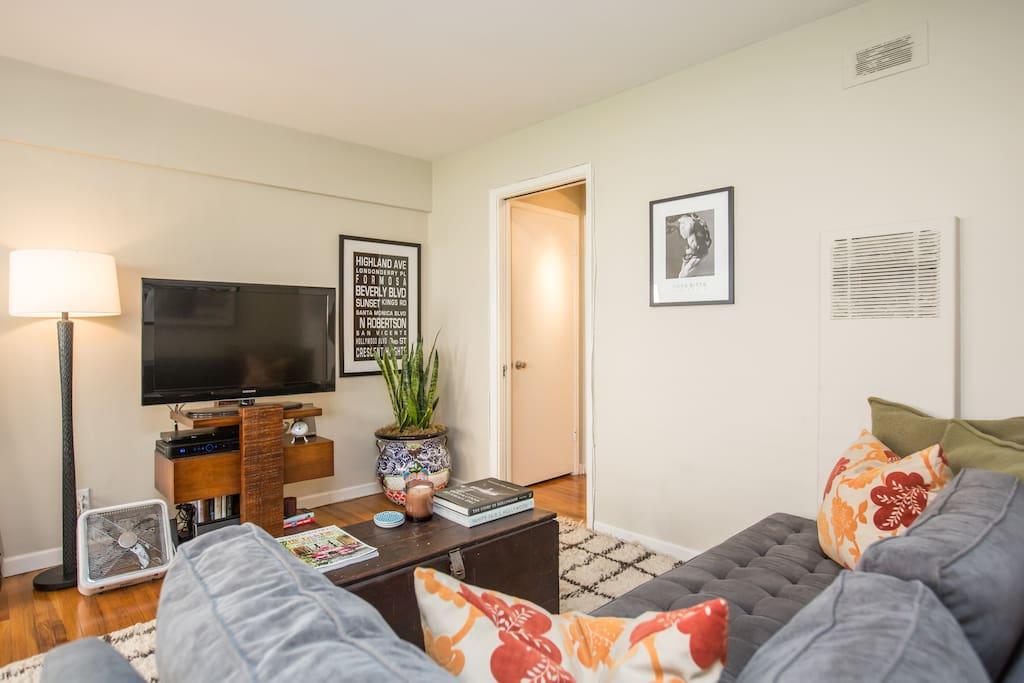One Bedroom Apt in West Hollywood