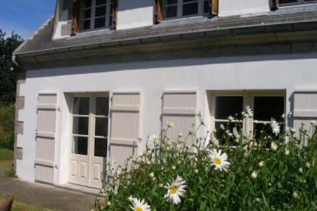 Maison à Sainte-Marine  - Hus
