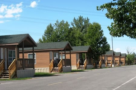 Home away from home camping lodge - Springville