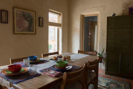 Dragonfly House Crestone - Crestone - Bed & Breakfast
