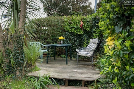 Single room with view over harbour. - Falmouth - House