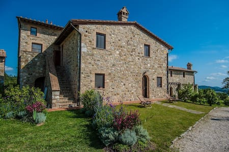 Tuscany: ancient panoramic cottage - Roccalbegna (Gr) - Apartment