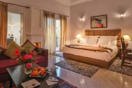 Marrakesh Luxury Apartment 3 br/3ba