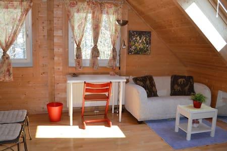 Extra gemütliches Holzhaus - Ház