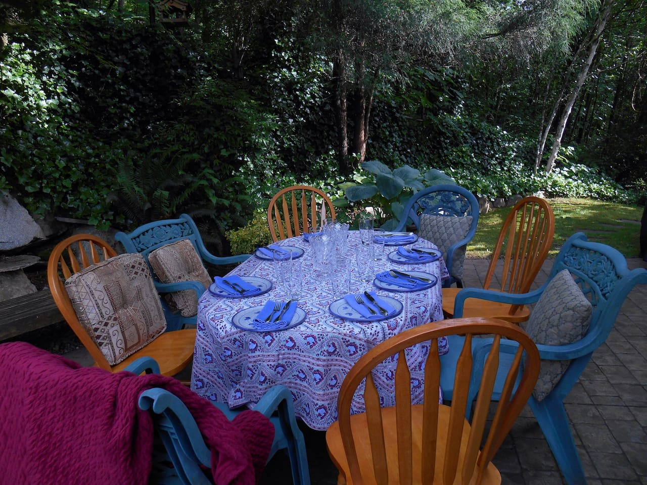 My back patio ready for a summer dinner party.... It backs onto Enns Creek.