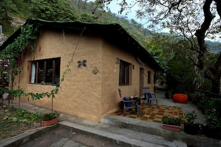 Perfect weekend escape from Delhi - Ramnagar - Chalet