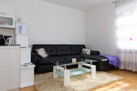 SPECIAL OFFER !!! Apartment 2+2 person in Opatija - Opatija
