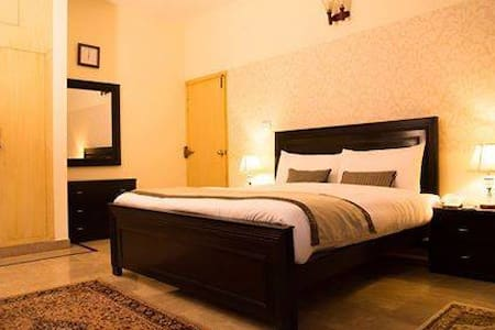 Harveys Guest House - Islamabad - Bed & Breakfast