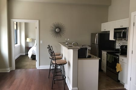 NEW!: Sunny Downtown Apt w/ Parking