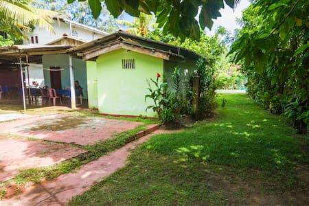 Senani Guest House - Wohnung