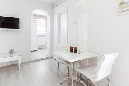 Bakırköy Merkez 1+1 Daire 4 Kişilik - Apartmen