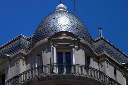 En lo mejor de San Telmo,con balcon