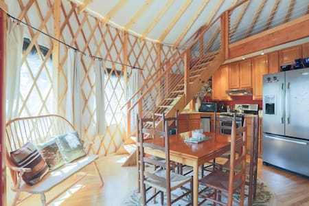 Room type: Entire home/apt Property type: Yurt Accommodates: 6 Bedrooms: 1 Bathrooms: 1