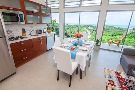 Modern hilltop 2-bedroom with ocean view and pool - Rincon