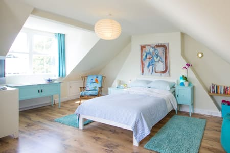 Attic by the sea in Deal - Casa