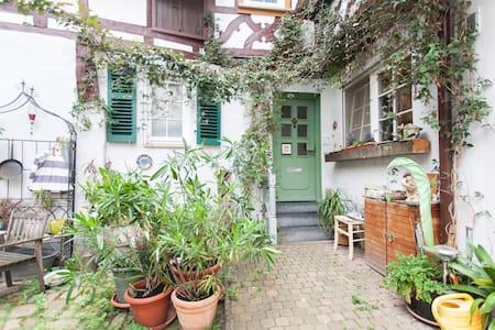 Wohnen im Fachwerkhaus von 1609 - Appartement