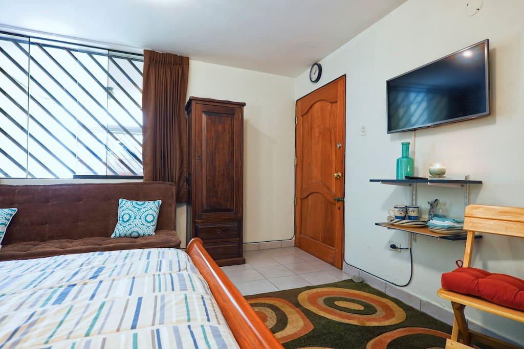 Cozy Private Studio and Bath